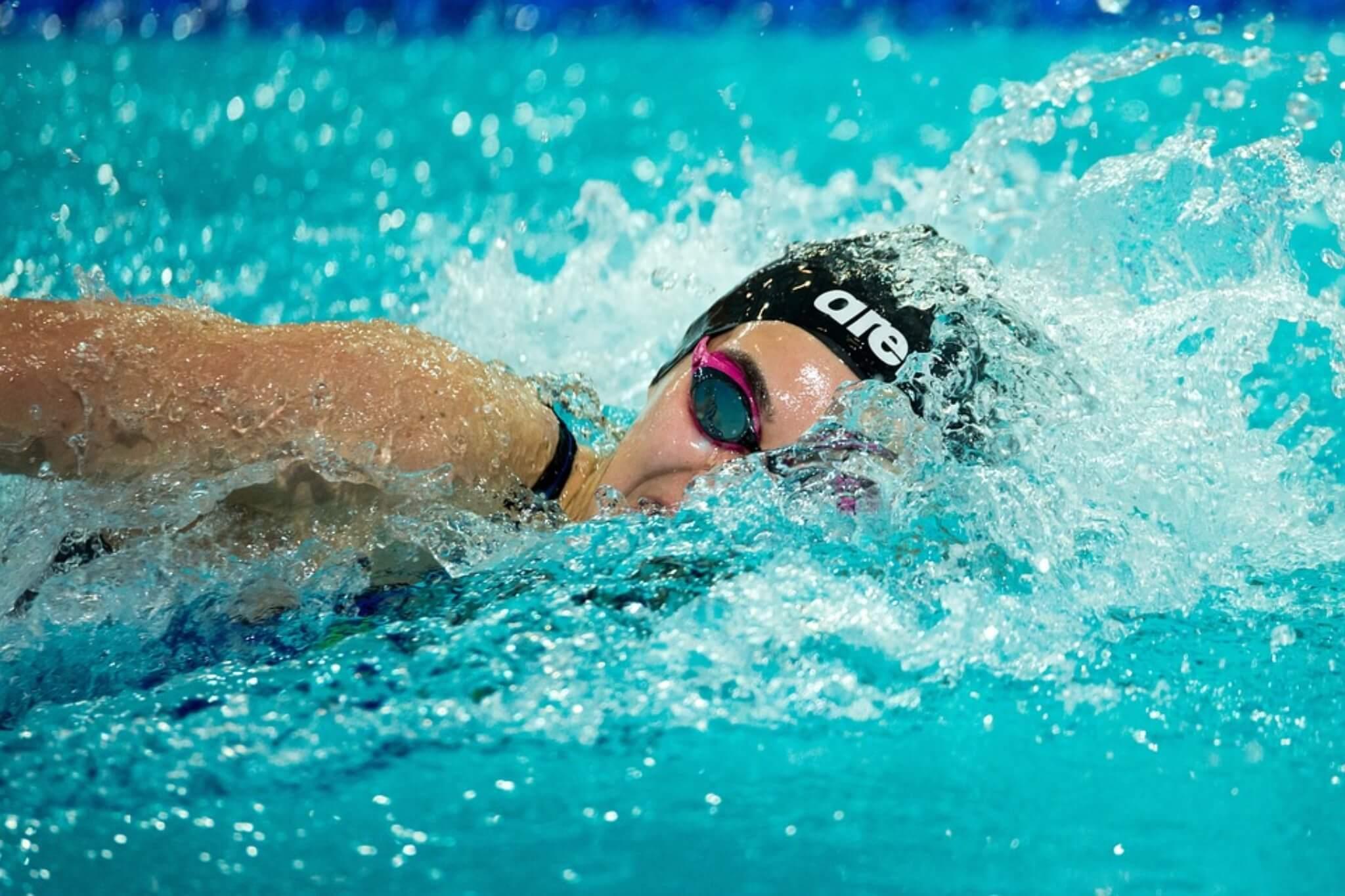 nuoto, benefici e falsi miti