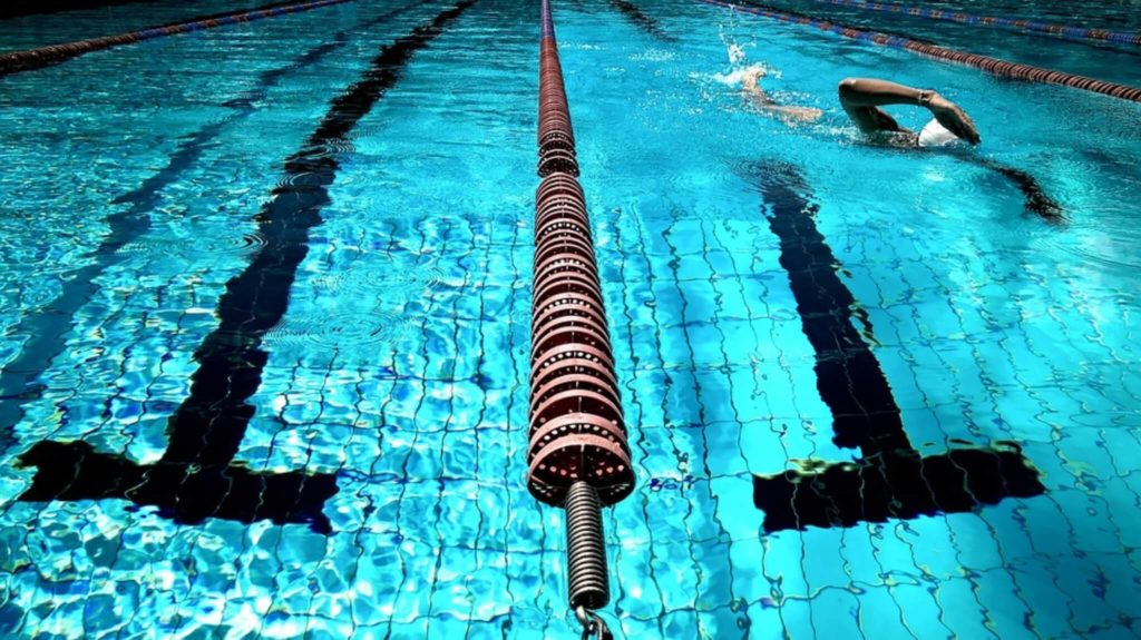 il nuoto fa male?