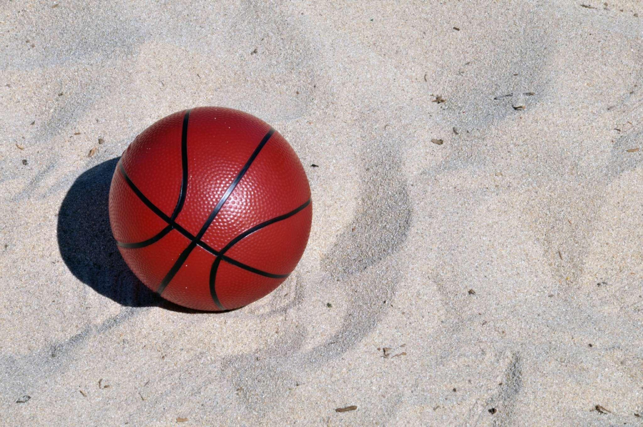 Perché la palla da basket è arancione