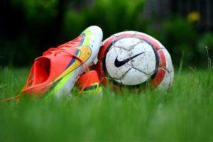Perché le scarpe da calcio hanno i tacchetti – Corebo